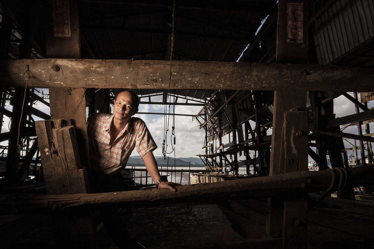 Portrait of Wang Jian Qiu, one the last shipbuilders in Macau.