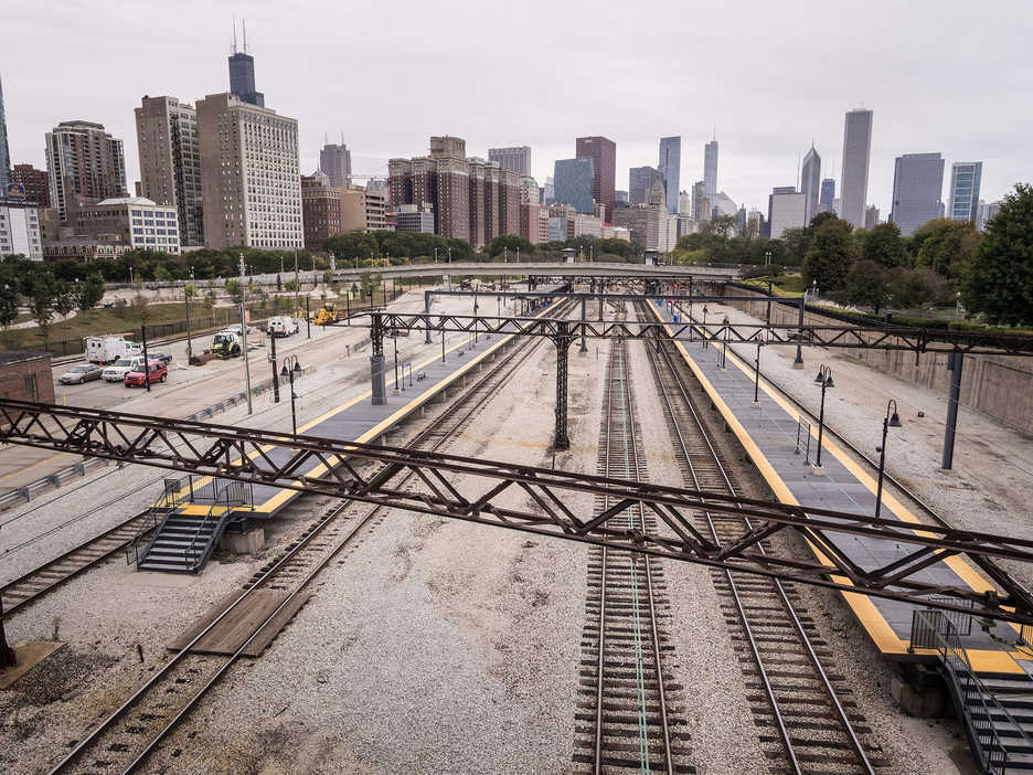 Train tracks in downtown Chicago